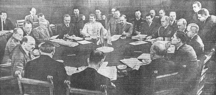На Берлинской Конференции. июль 1945